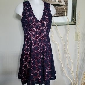 French Connection Navy/Pink Crochet A Line Sz 6